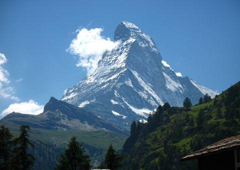 לטפס על כל הר – האסון בנפאל